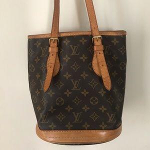 Louis Vuitton | Bucket Bag PM